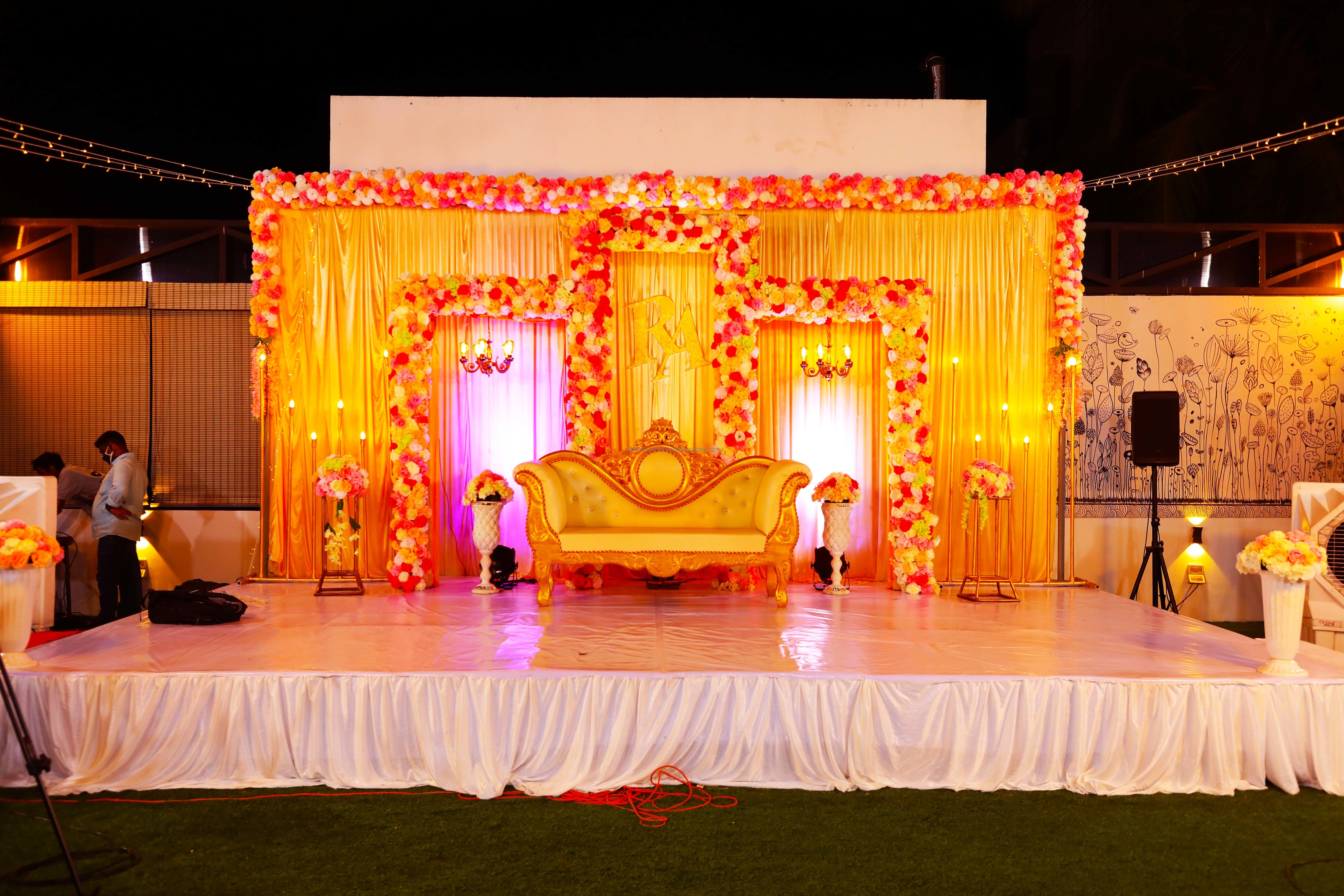 Find the availability of the Firms Banquet Hall (A/C) in Anna Nagar, Chennai and avail special offers