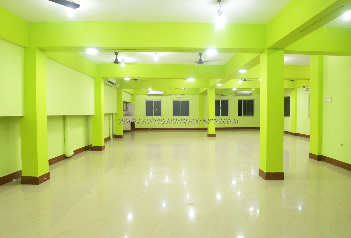 Find the availability of the Aruna Hall (A/C) in RA Puram, Chennai and avail special offers