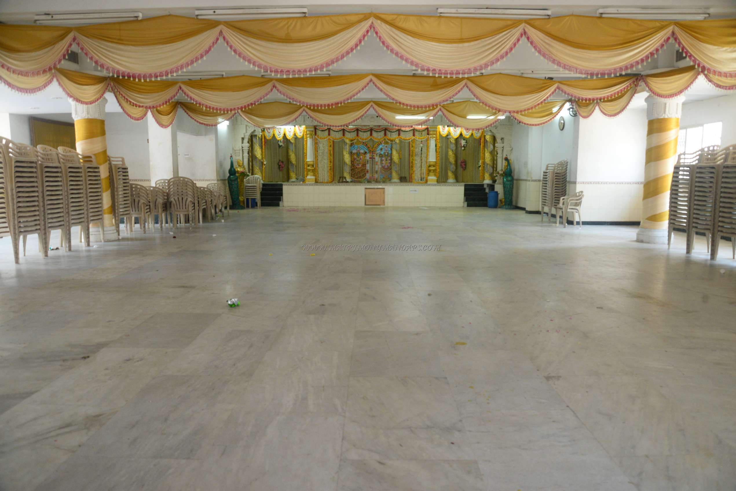 Find the availability of the Sri Murugan Thirumana Mandapam (A/C) in Velachery, Chennai and avail special offers