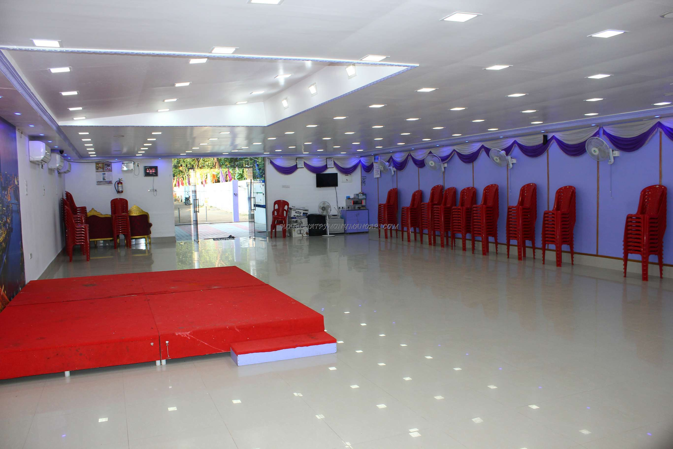 Find the availability of the Thangam Party Hall (A/C) in Velachery, Chennai and avail special offers