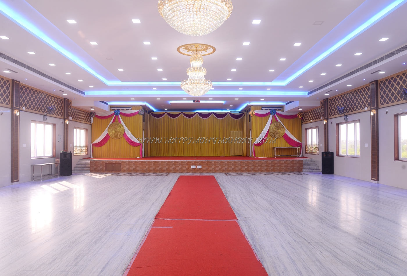 Sri Devi Vinayaga Thirumana Mahal - Hall