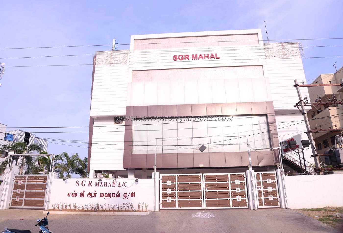 Find the availability of the SGR Mahal (A/C) in Medavakkam, Chennai and avail special offers