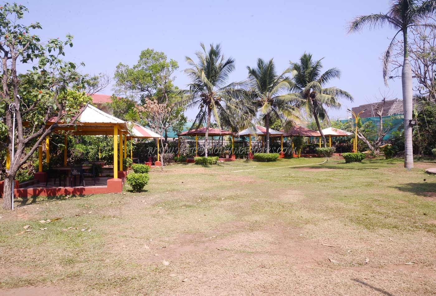 Find the availability of the Beh Park Resorts in ECR, Chennai and avail special offers