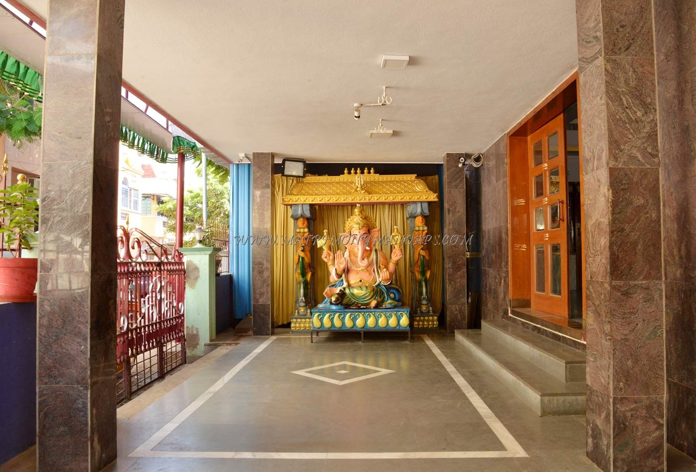 Find the availability of the KVT Mahal (A/C) in Koyambedu, Chennai and avail special offers