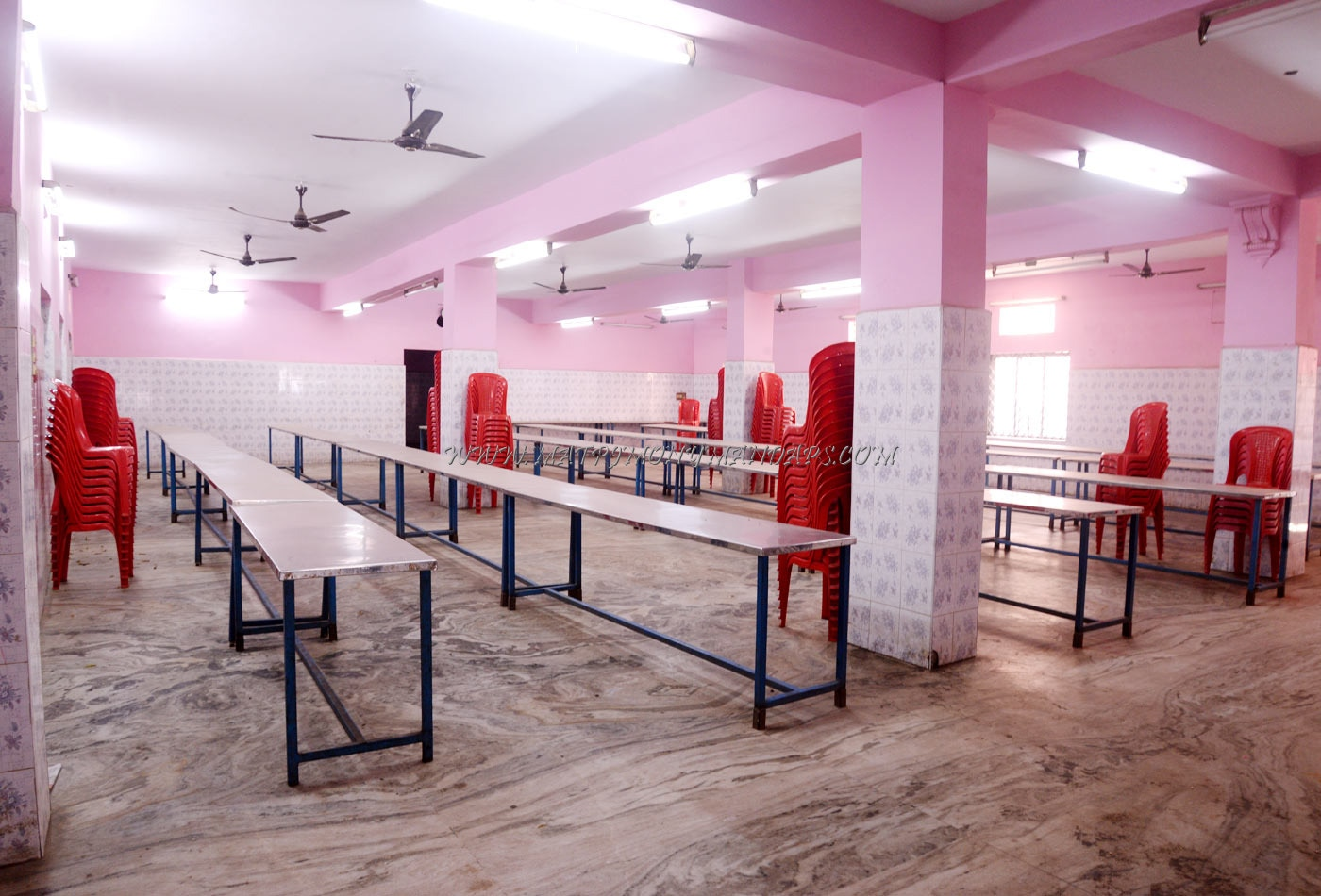 Find the availability of the Kavya Thirumana Mandapam in Moulivakkam, Chennai and avail special offers