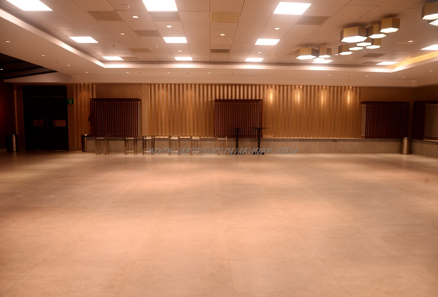Find the availability of the M Weddings Conventions A Lounge  (A/C) in Vanagaram, Chennai and avail special offers