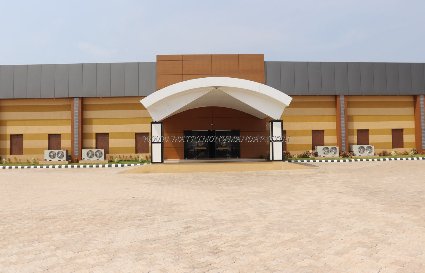 Zamra International Convention And Exhibition Centre - Building View