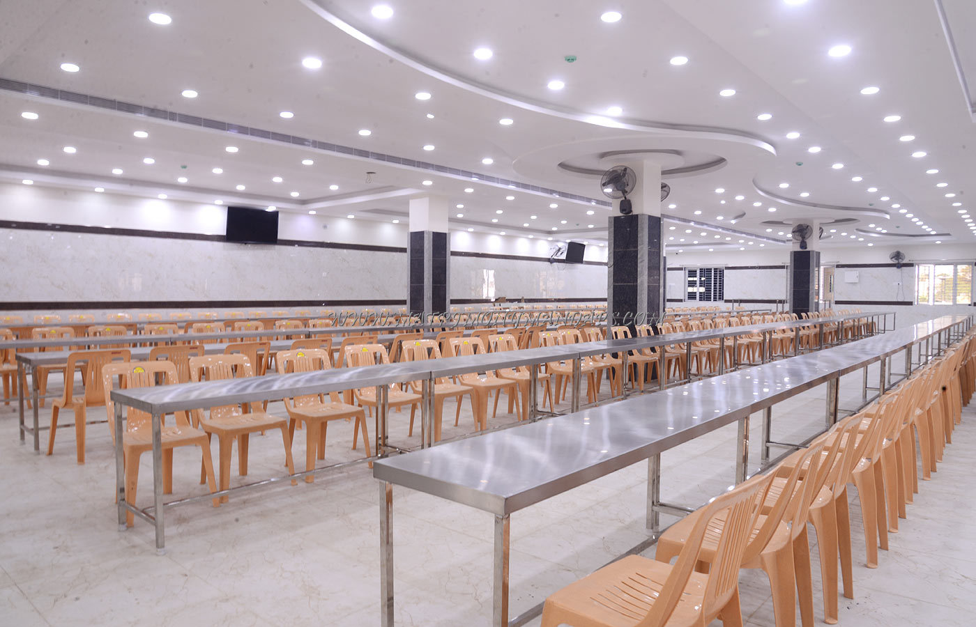 Arularasan Palace - Dining Hall
