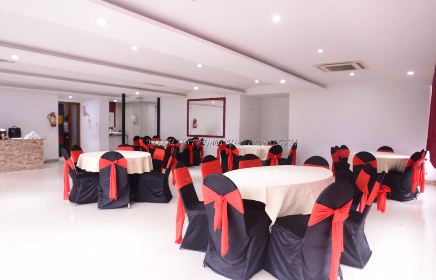 Find the availability of the Desi Rasoi Party Hall (A/C) in Jayanagar, Bangalore and avail special offers
