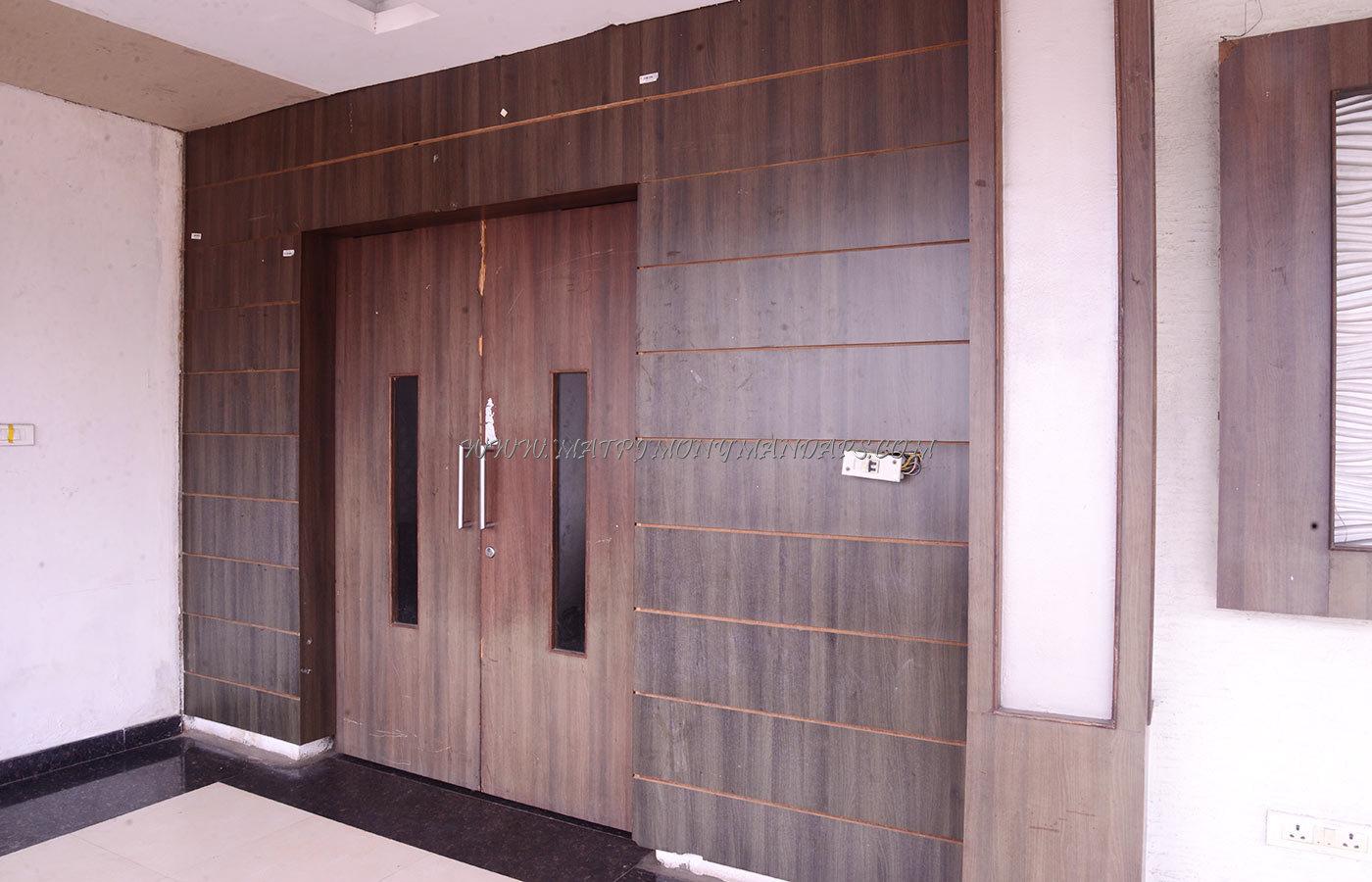 SMS Hotel Hall 1 - Entrance
