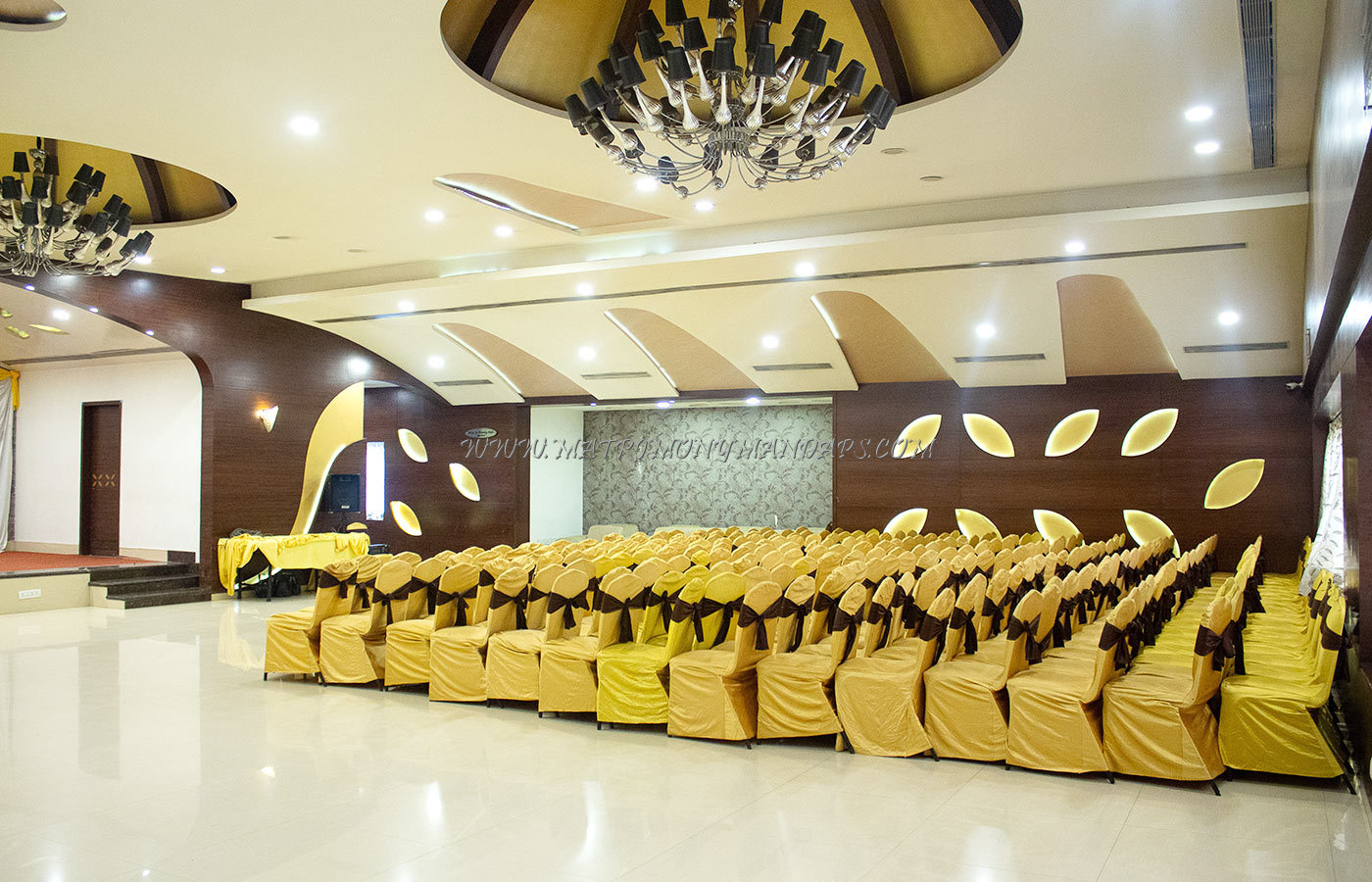 Find the availability of the Pai Vista Convention Hall (A/C) in Banashankari, Bangalore and avail special offers