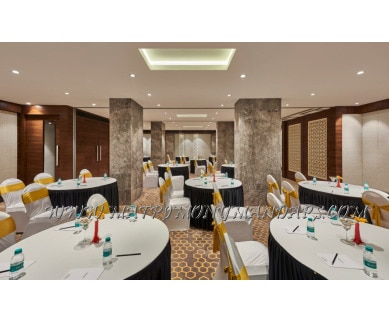 Explore Glamour Hall Hotel Bawa International (A/C) in Vile Parle East, Mumbai - 1