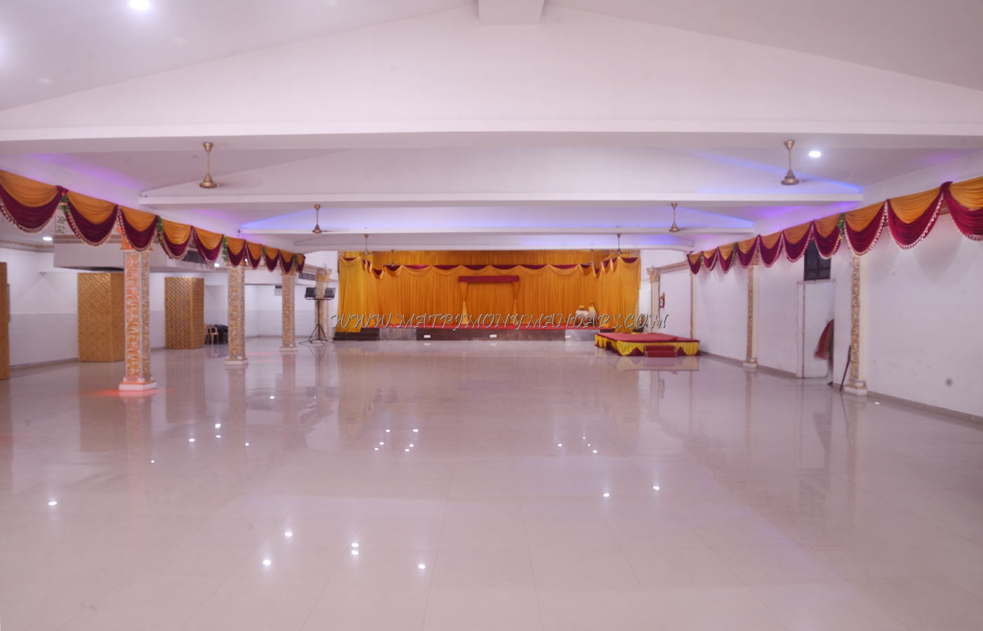 Find the availability of the EVP Rajeswari Marriage Pale 6 (A/C) in Kolapakkam, Chennai and avail special offers