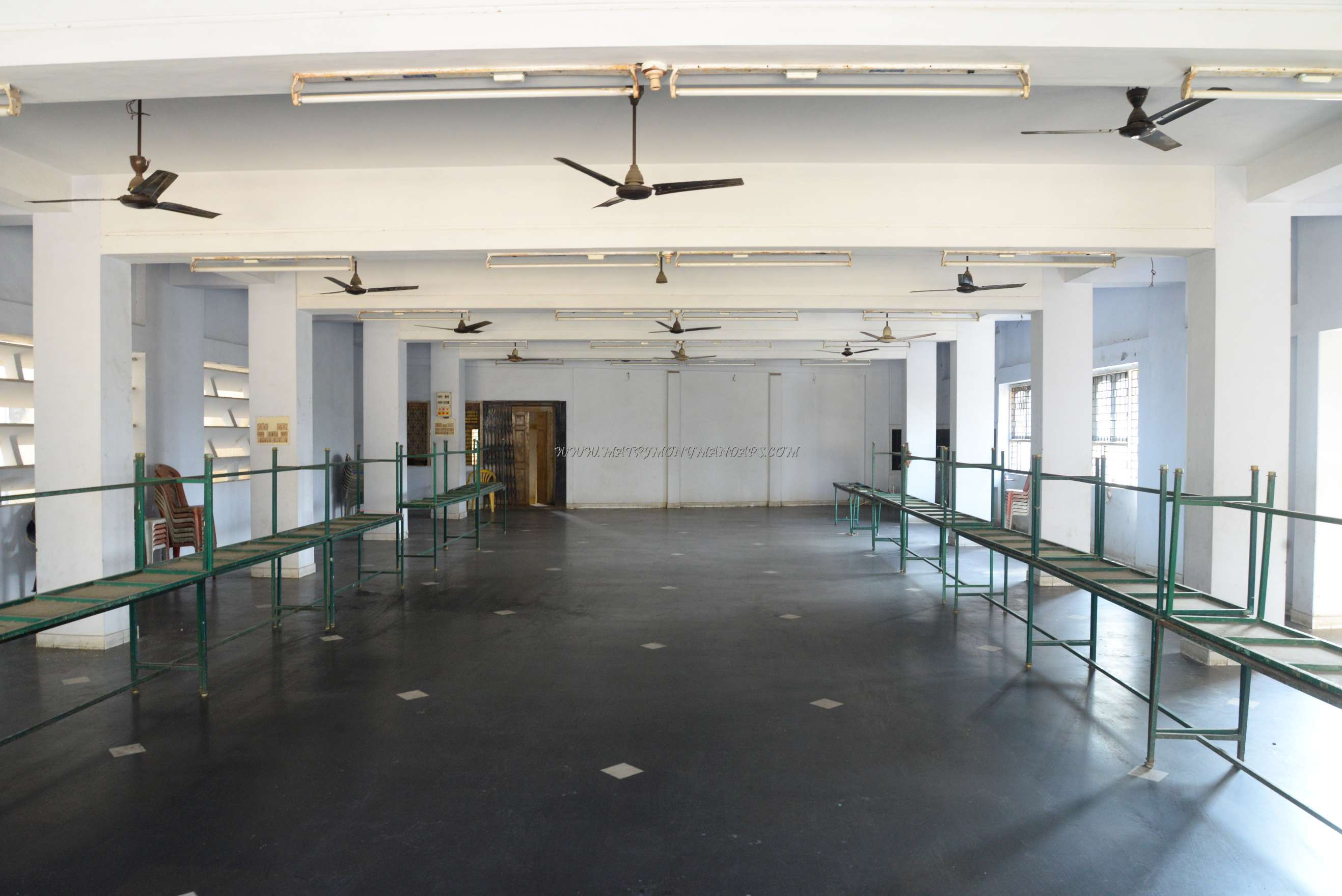 Find the availability of the Pandiyan Hall in West Mambalam, Chennai and avail special offers