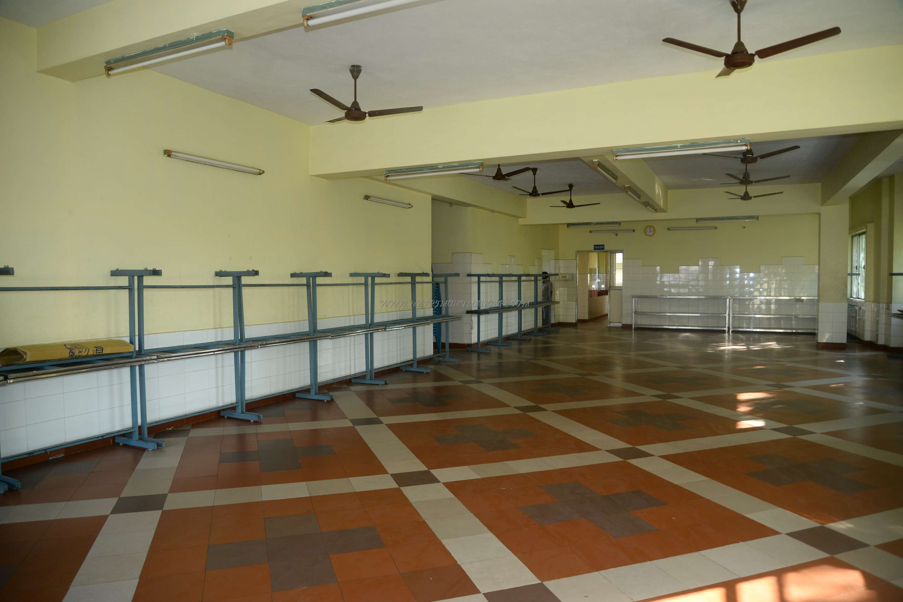 Find the availability of the Vasantham Marriage Hall (A/C) in West Mambalam, Chennai and avail special offers