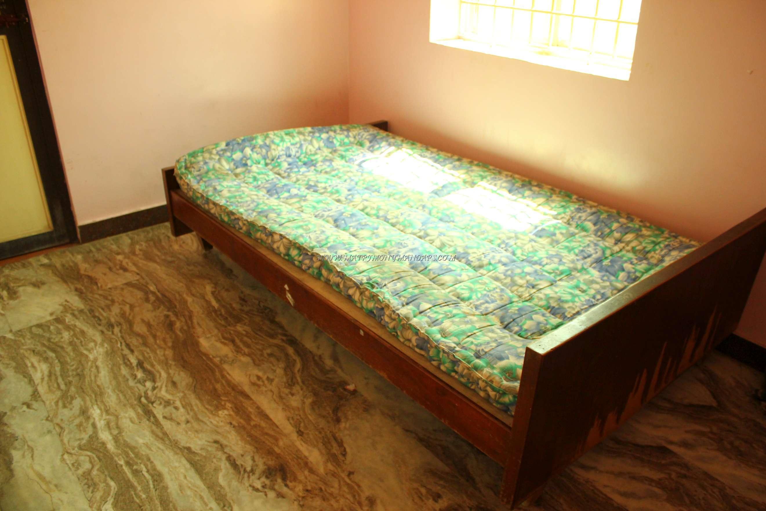 CR Thirumana Mandapam - Room