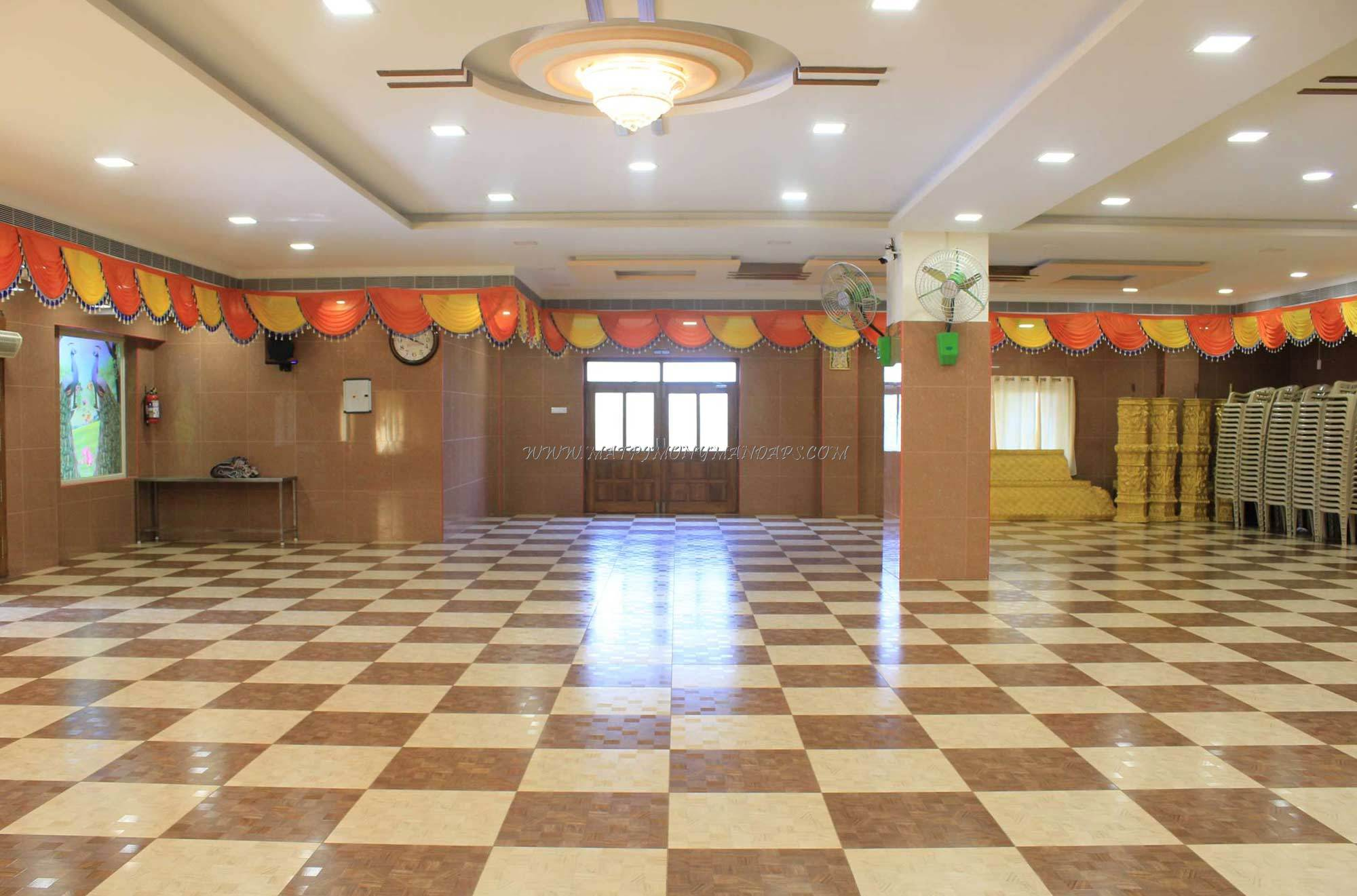 Find the availability of the Shri Varadha Mahal (A/C) in Ambattur, Chennai and avail special offers