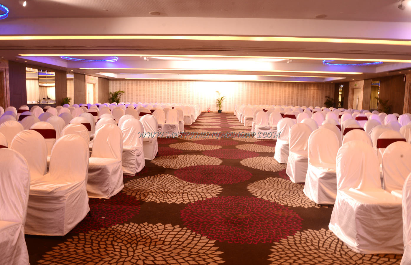 Find the availability of the Grand Madras Ballroom Le Royal Meridien (A/C) in Guindy, Chennai and avail special offers