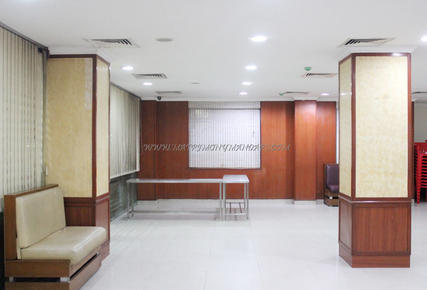 Find the availability of the Ilakiya Mini Hall (A/C) in T Nagar, Chennai and avail special offers