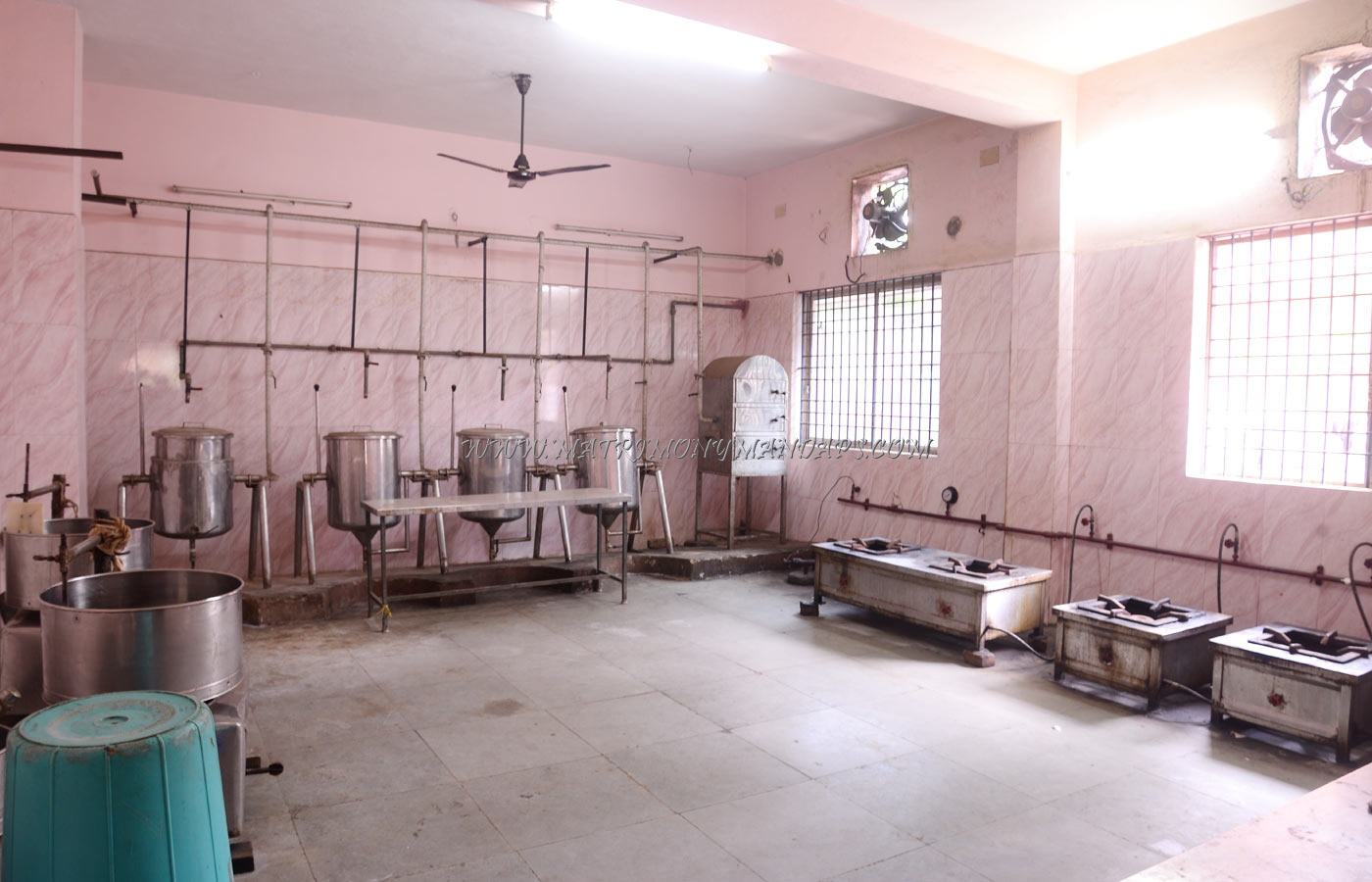Find the availability of the PJN Mahal (A/C) in Porur, Chennai and avail special offers