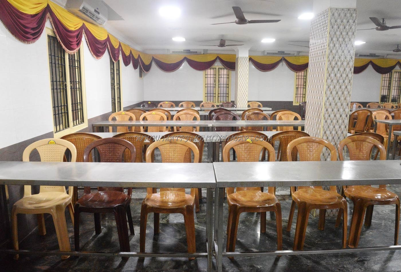 Find the availability of the Shri Sivasakthi Mahal (A/C) in Porur, Chennai and avail special offers
