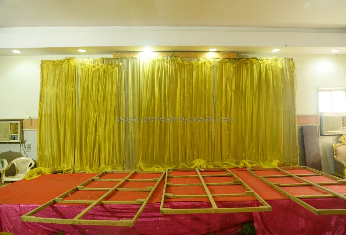 Find the availability of the Abinaya Hall  (A/C) in Anna Nagar, Chennai and avail special offers