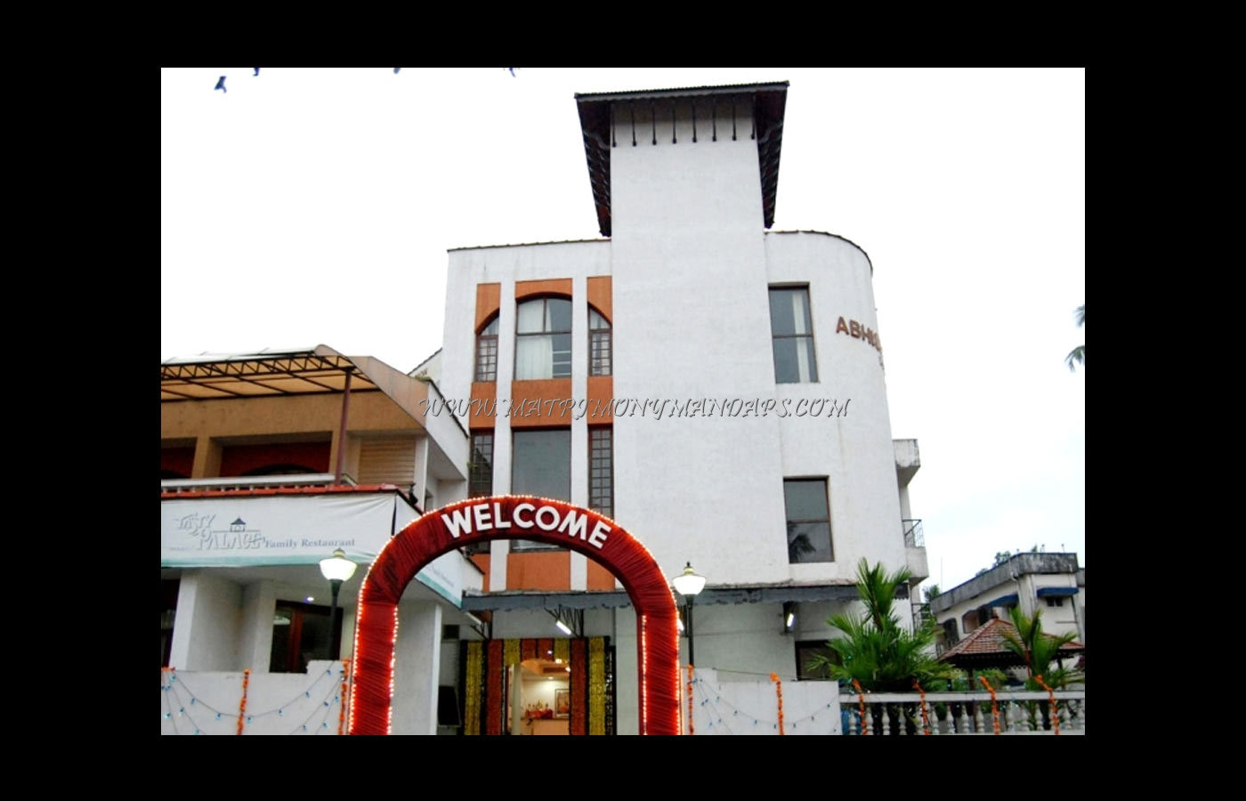 Find the availability of the Abhishekam Convention Centre - Hall 2 (A/C) in Tripunithura, Kochi and avail special offers