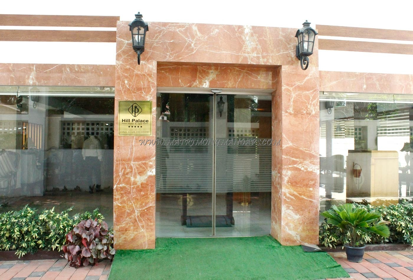 Find the availability of the Hill Pale Hotel (A/C) in Tripunithura, Kochi and avail special offers