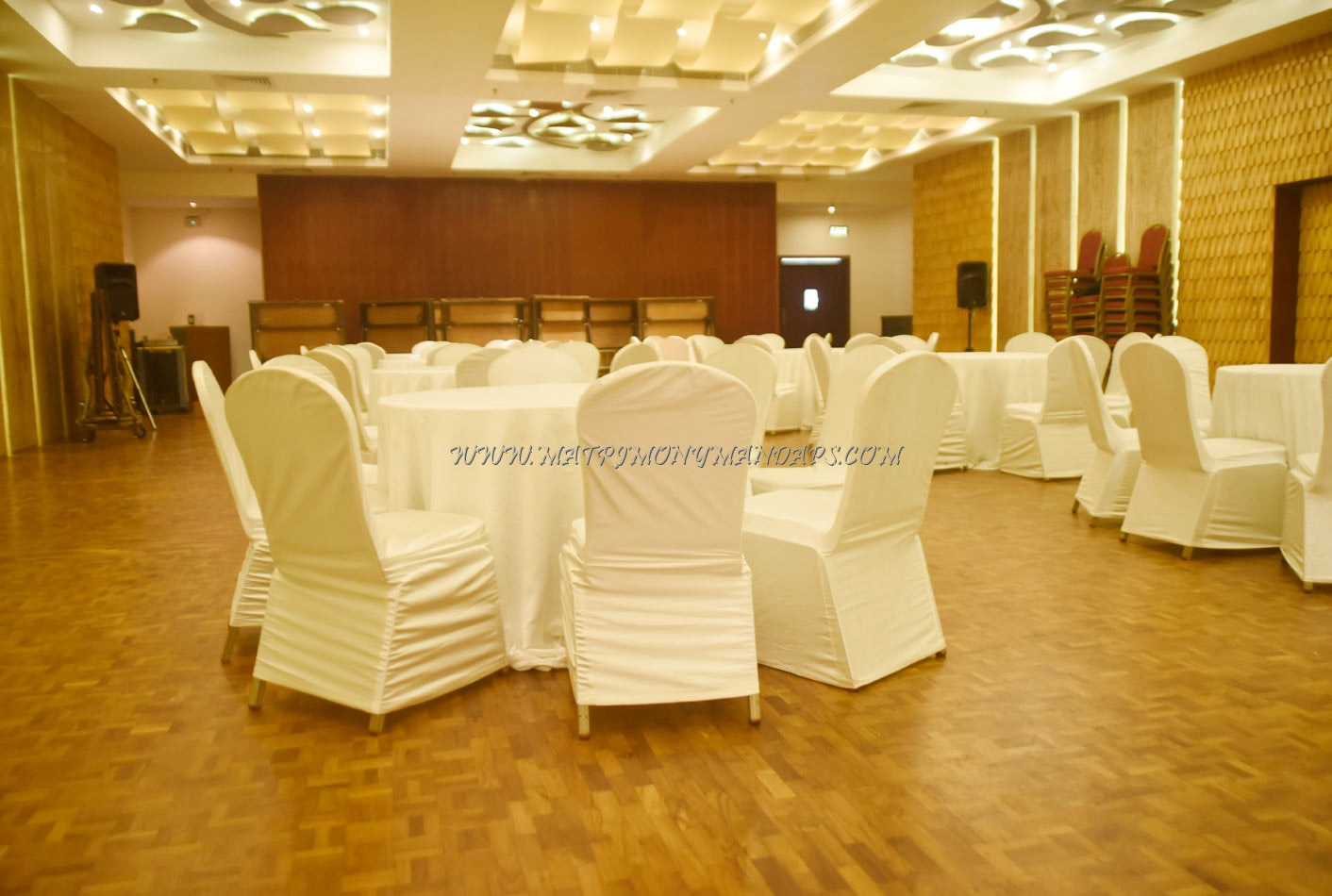 Find the availability of the Ramada Resort Cochin - Royal Club Hall (A/C) in Panangad, Kochi and avail special offers