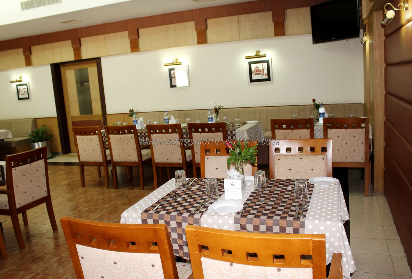 Find the availability of the Hotel Airlink Castle - Horizon Hall (A/C) in Angamaly, Kochi and avail special offers