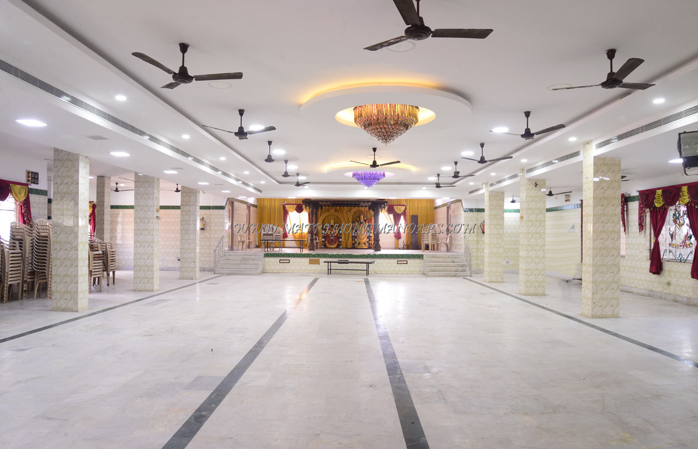 Find the availability of the Krishna Thirumana Mandapam (A/C) in Maduravoyal, Chennai and avail special offers
