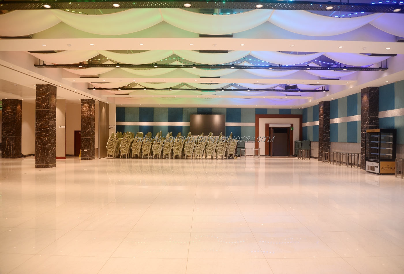 Find the availability of the M Wedding  Convention V Elite  (A/C) in Vanagaram, Chennai and avail special offers