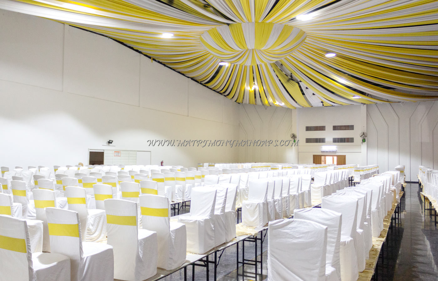 Find the availability of the Sri Convention Centre (A/C) in Banashankari, Bangalore and avail special offers