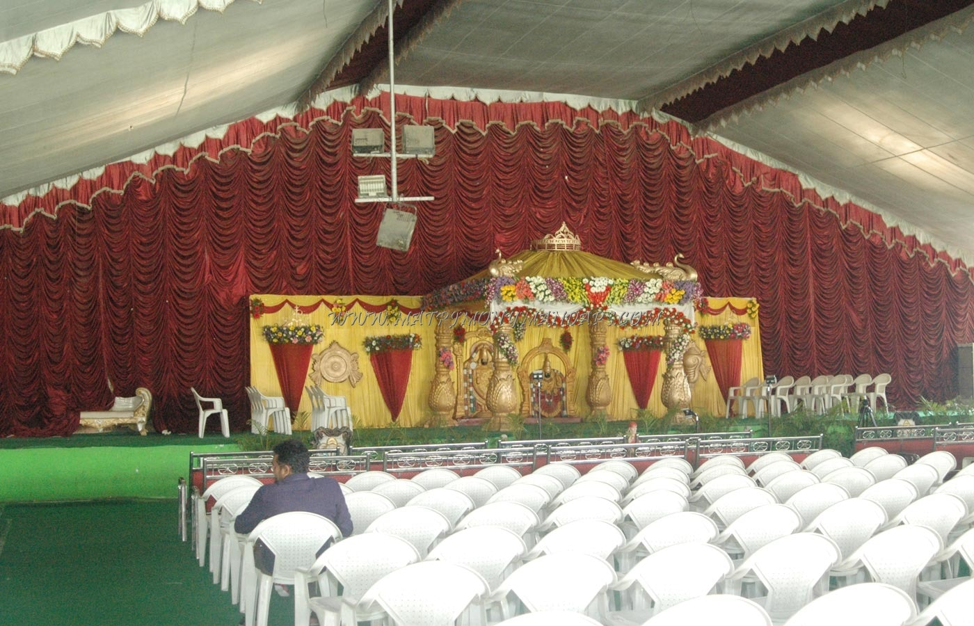 Find the availability of the Bommidi Lalitha Gardens Function Hall in Vanasthalipuram, Hyderabad and avail special offers