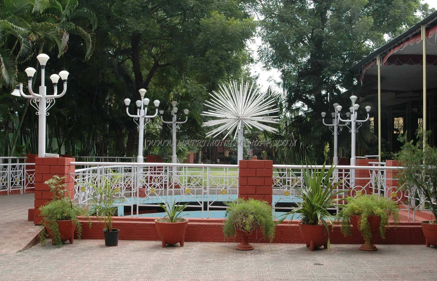 Find the availability of the Bommidi Nagi Reddy Gardens in Vanasthalipuram, Hyderabad and avail special offers
