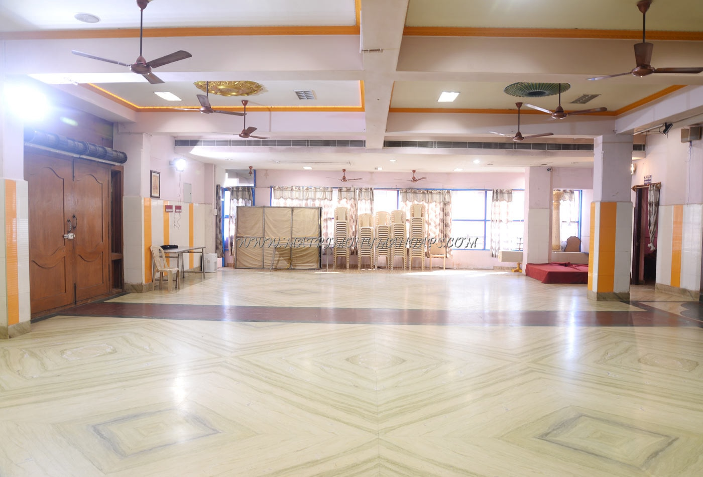 Find the availability of the Sri Ram Ganesh Mahal (A/C) in Chrompet, Chennai and avail special offers