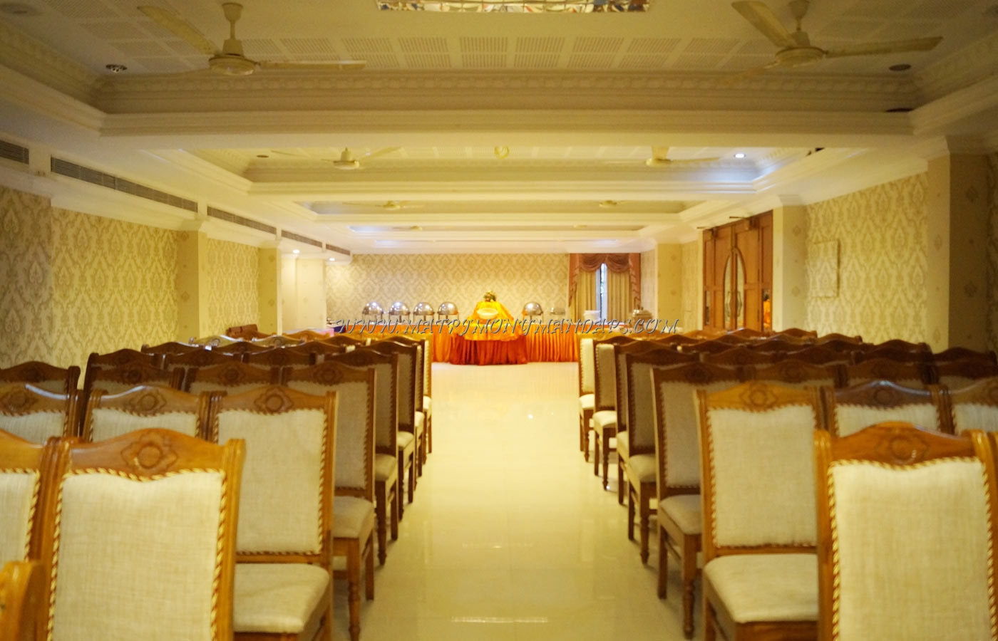 Find the availability of the Hotel Prasanth Delight (A/C) in Palayam, Trivandrum and avail special offers