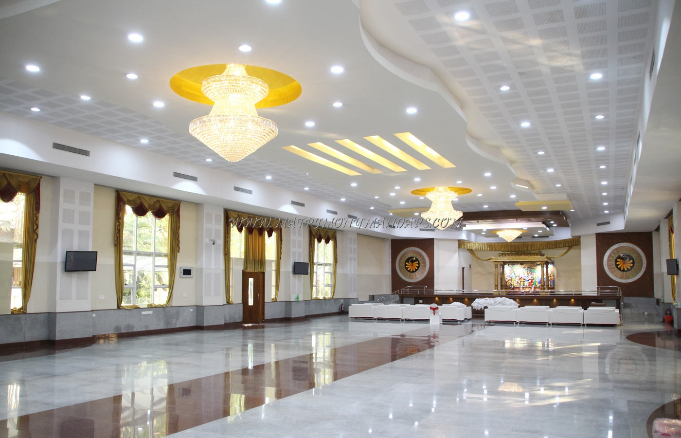 Find the availability of the VK Convention Center (A/C) in Yelahanka, Bangalore and avail special offers