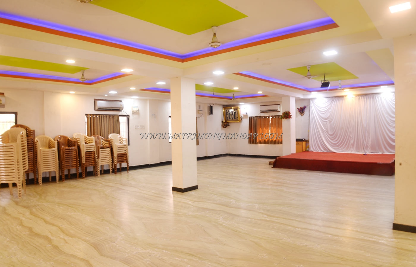 Find the availability of the Mahalakshmi Banquet Hall (A/C) in Kilpauk, Chennai and avail special offers