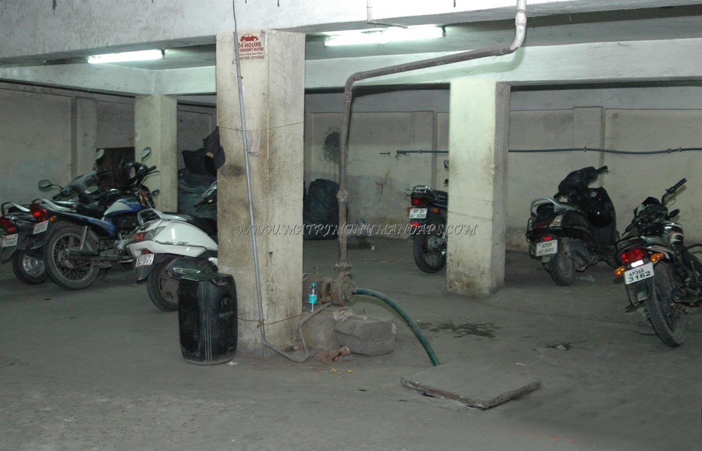 Chutneys Banquet Hall 1 - Bike Parking