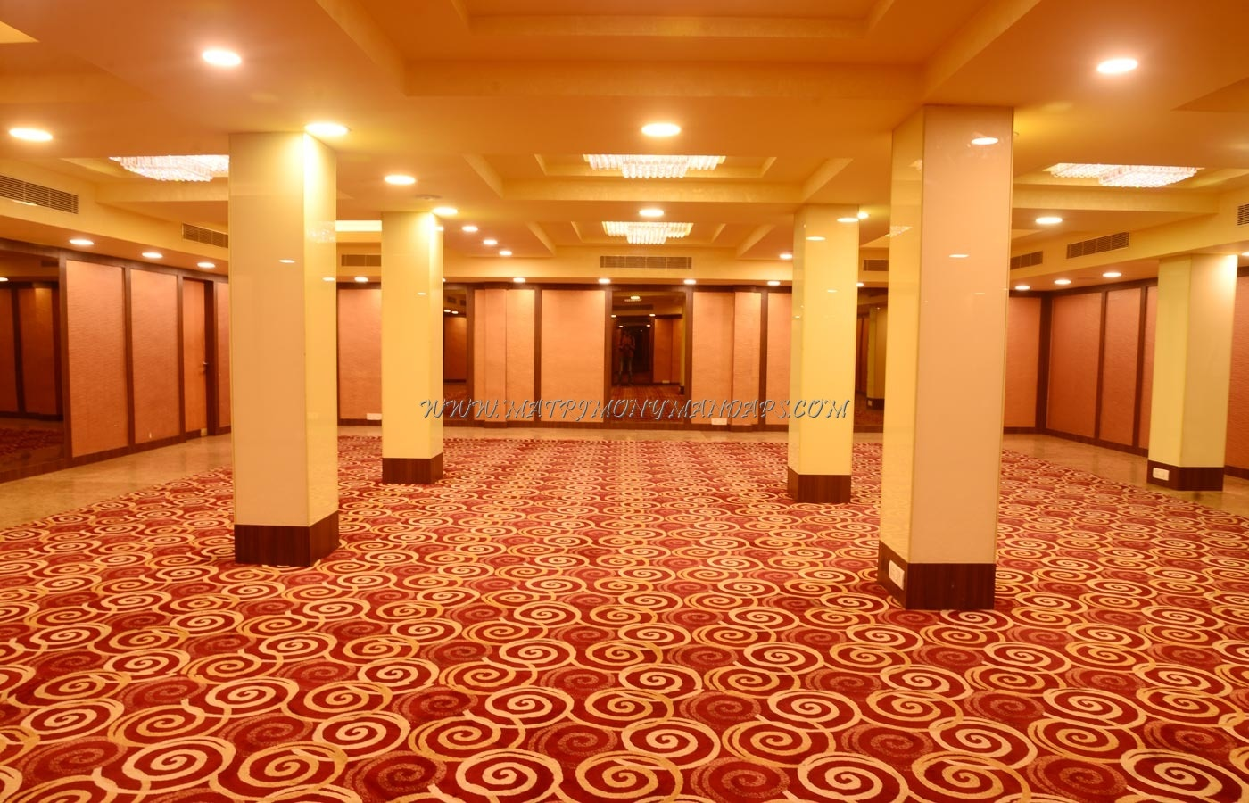Find the availability of the GLM Meridian Banquet Hall (A/C) in T Nagar, Chennai and avail special offers