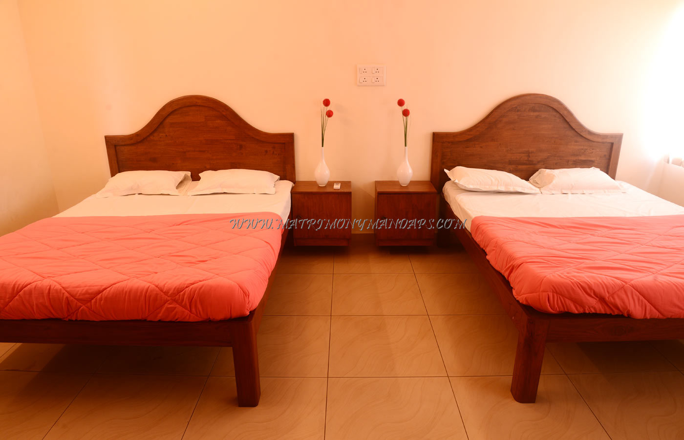 Sivasakthi Thirumana Mandapam - Rooms