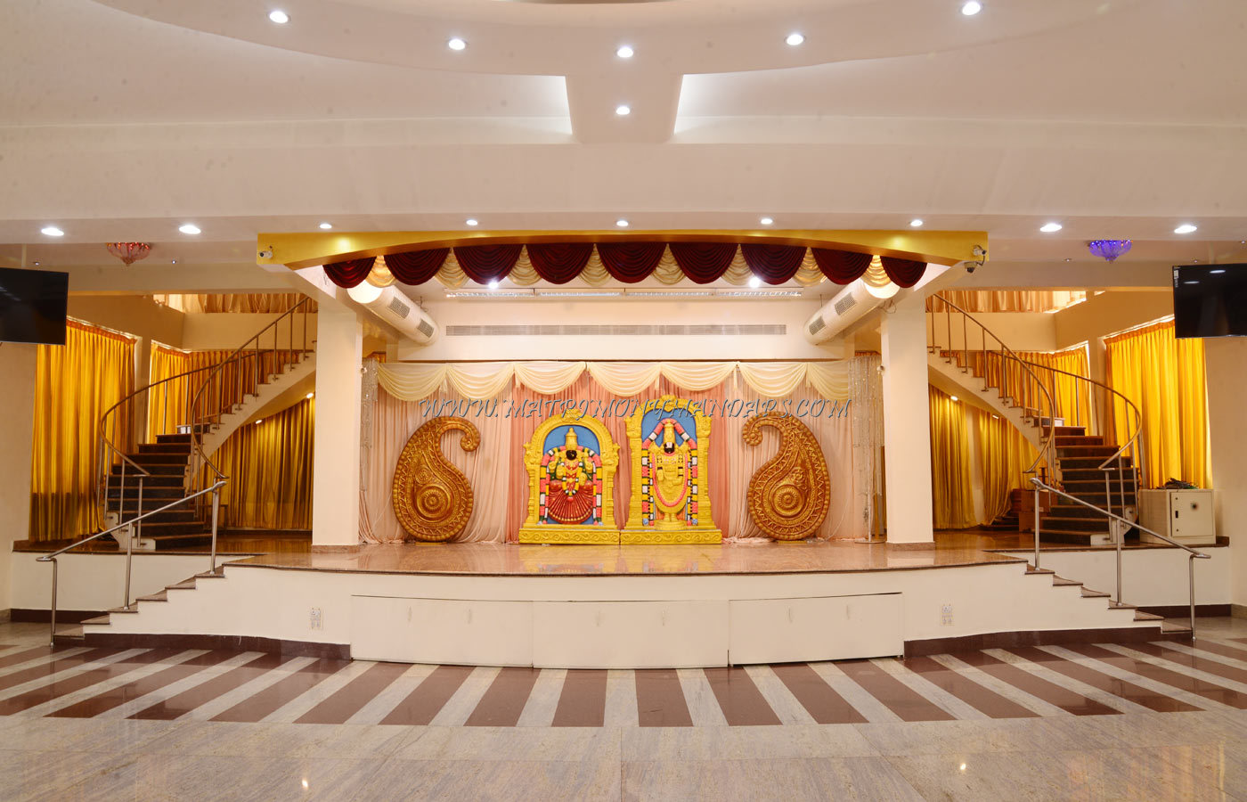 Find the availability of the Sanandaa Kalyana Mandapam (A/C) in Rajakilpakkam, Chennai and avail special offers