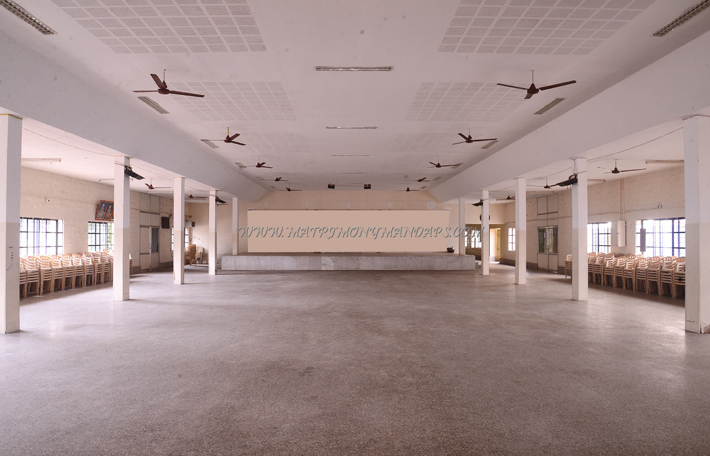 Find the availability of the Ramasamy Kalyana Mandapam in Kavundampalayam, Coimbatore and avail special offers