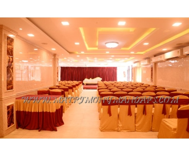 Find the availability of Curry and Spices Banquet Hall (A/C)  in Kodambakkam, Chennai and avail the special offers