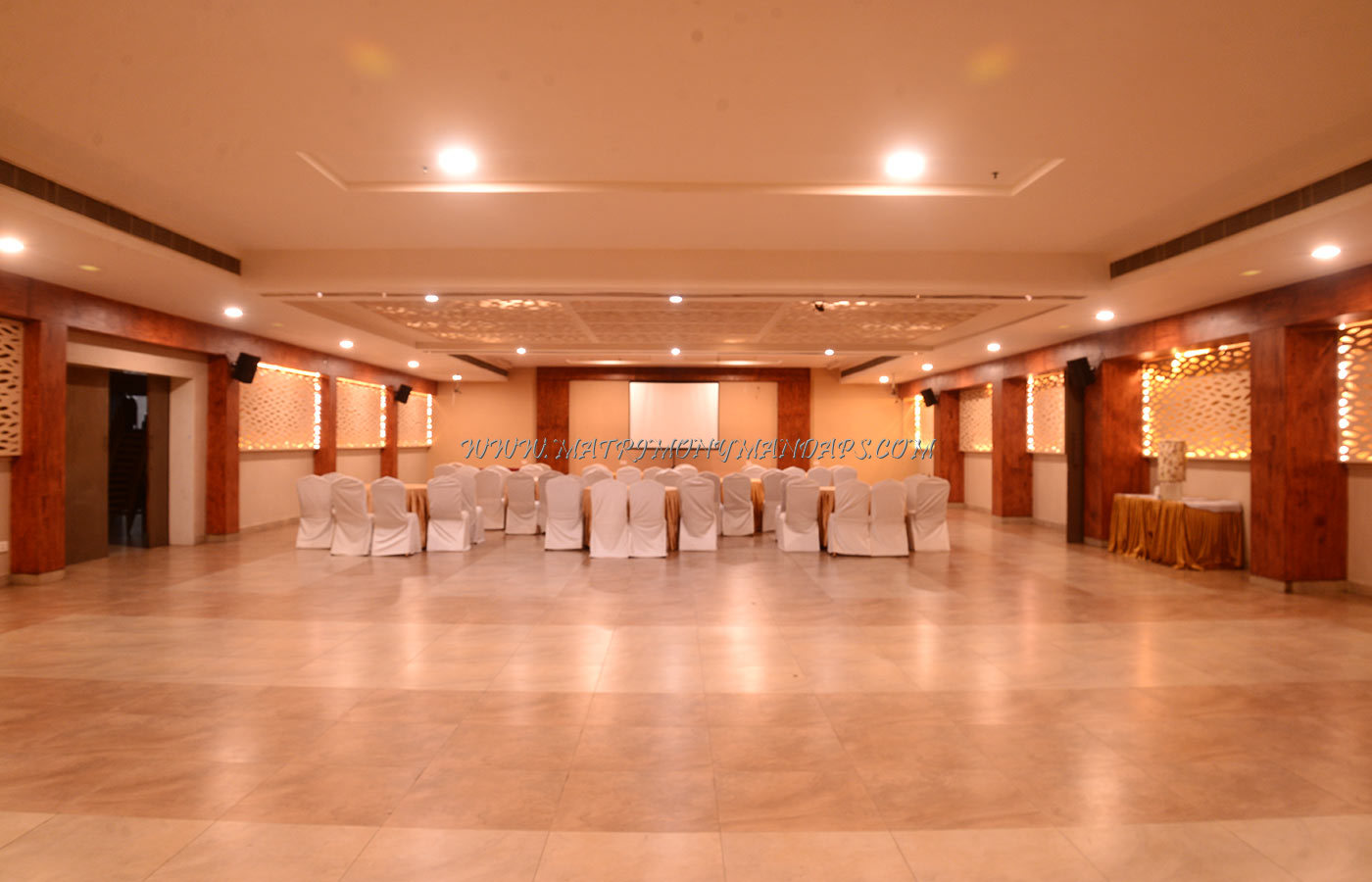 Find the availability of the Hotel Vijay Elanza (A/C) in Peelamedu, Coimbatore and avail special offers