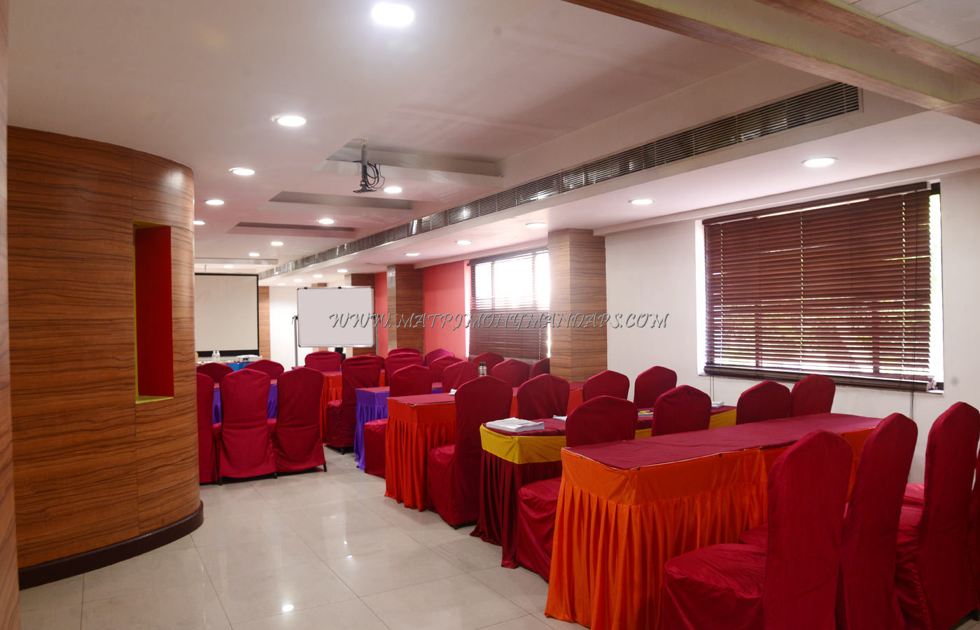 Find the availability of the Hotel Shelter  Oasis Hall (A/C) in Mylapore, Chennai and avail special offers
