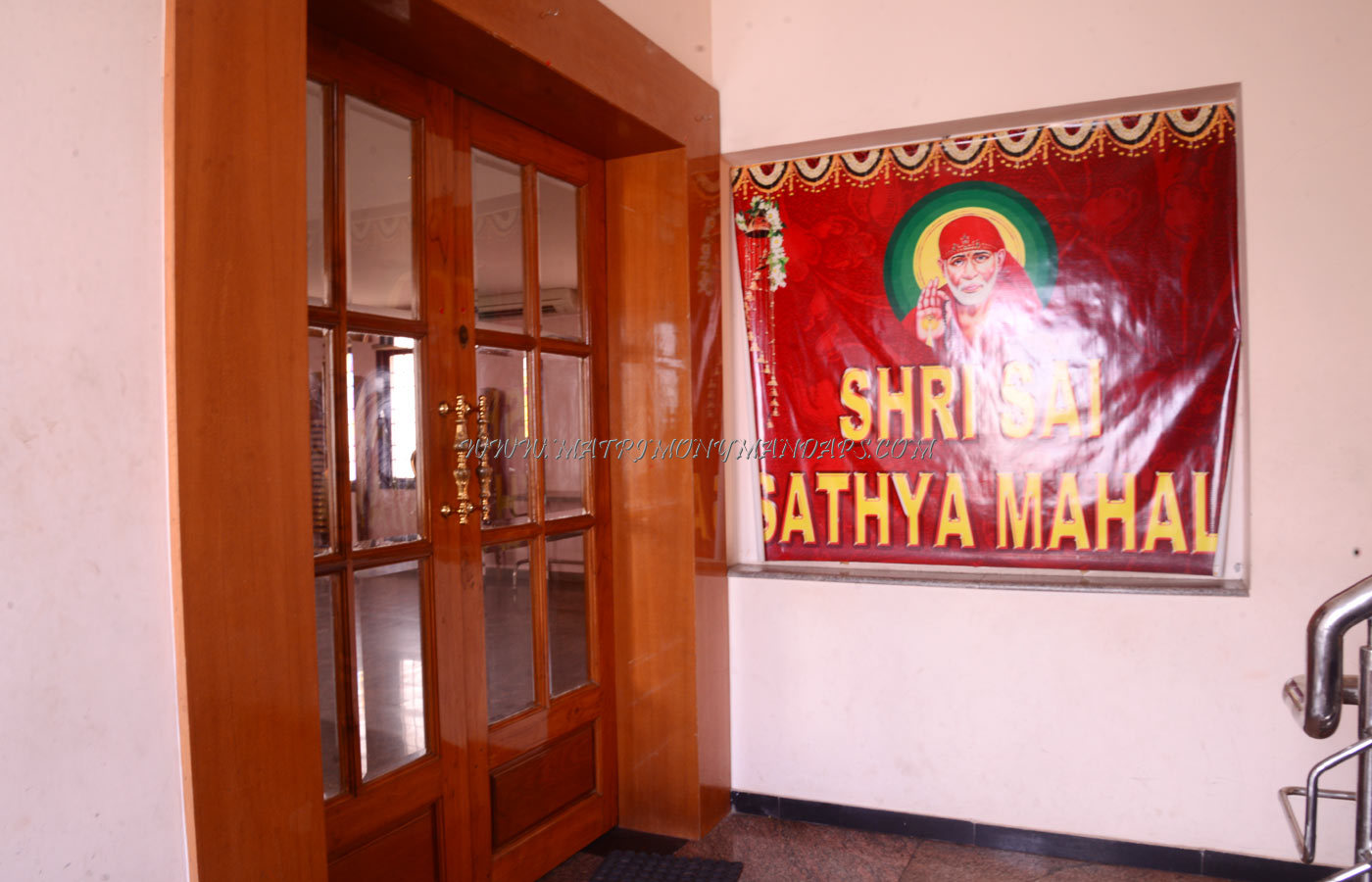 Find the availability of the Shri Sai Sathya Mahal (A/C) in Ambattur, Chennai and avail special offers