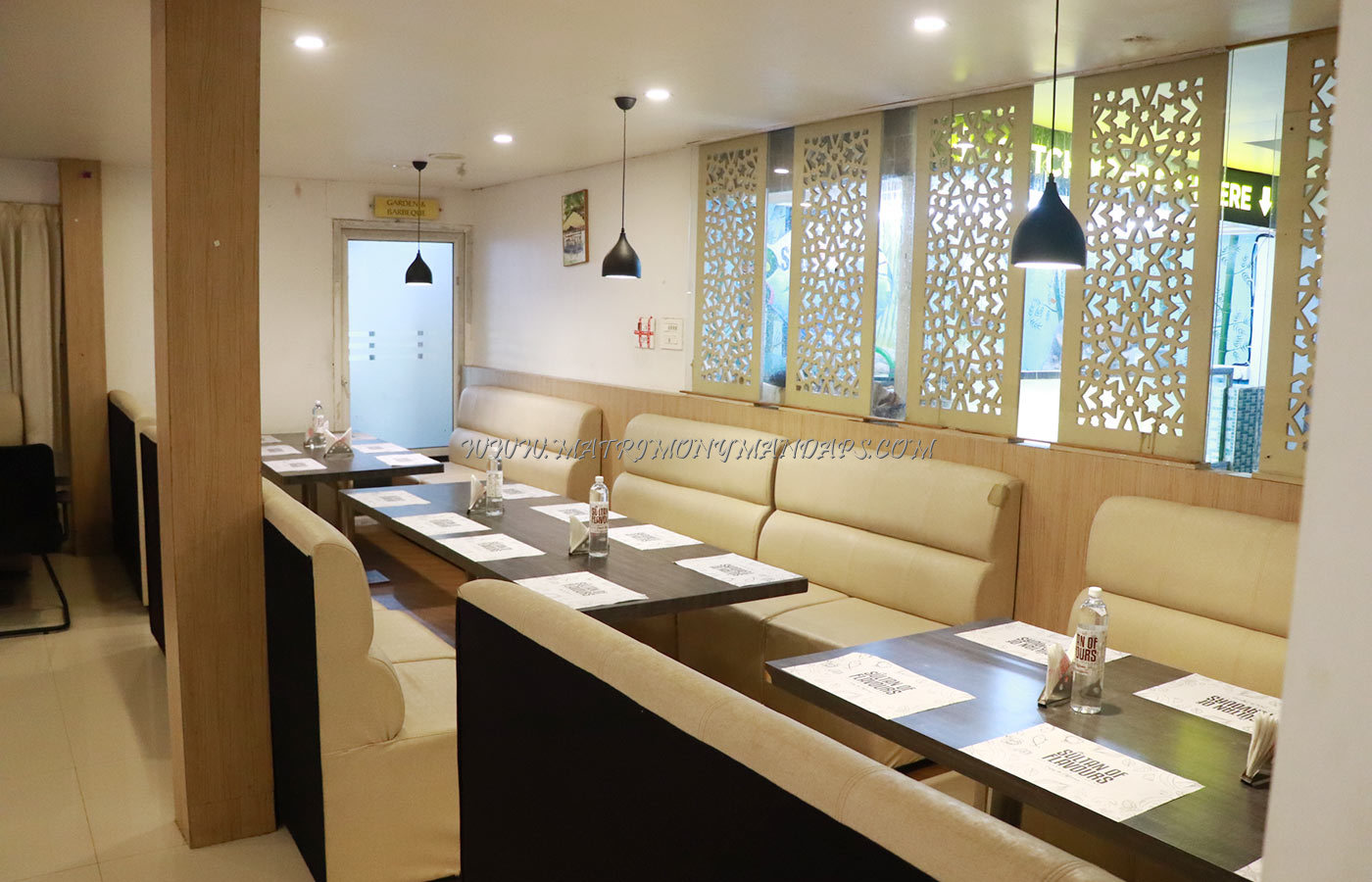 Find the availability of the Sultan Of Flavours Restaurant Hall (A/C) in Palakkad Town, Palakkad and avail special offers