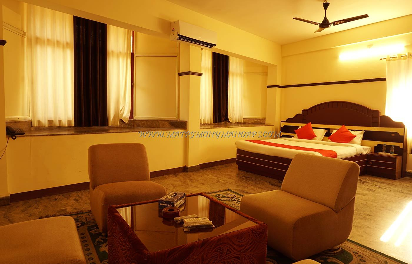 Find the availability of the Hotel Rvees Regency in East Nada, Guruvayoor and avail special offers